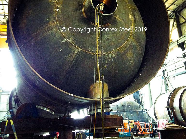 Segmental tank head being installed on a pressure vessel on site